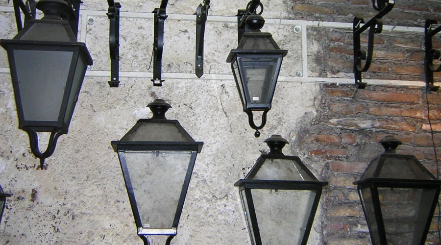 Illuminazione lanterne da interno e esterno in ferro - Lanterne esterno ...